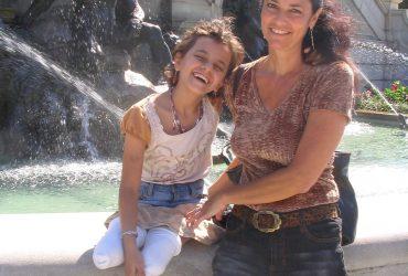 Smiles, kind gestures help heal Iraqi girl's wounds